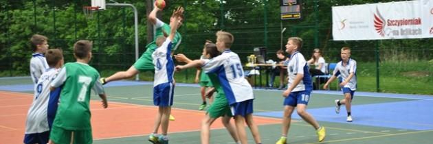 6 drużyn chłopców rywalizowało w Trzcielu